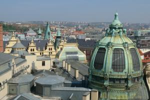 Pohled na Prahu přes Obecní dům
