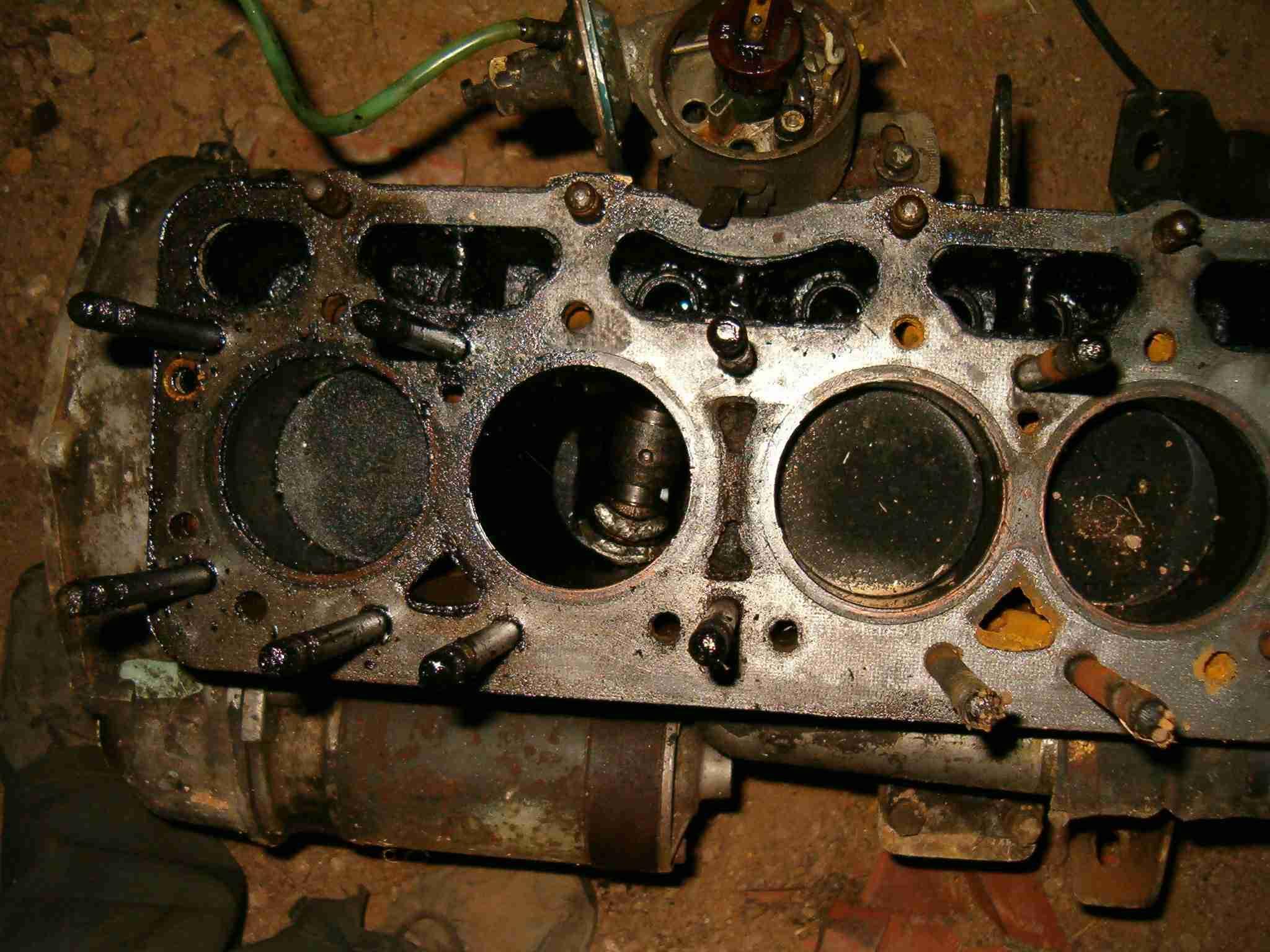 Zadřený motor