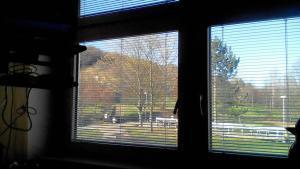 Poslední pohled z okna před odchodem domů